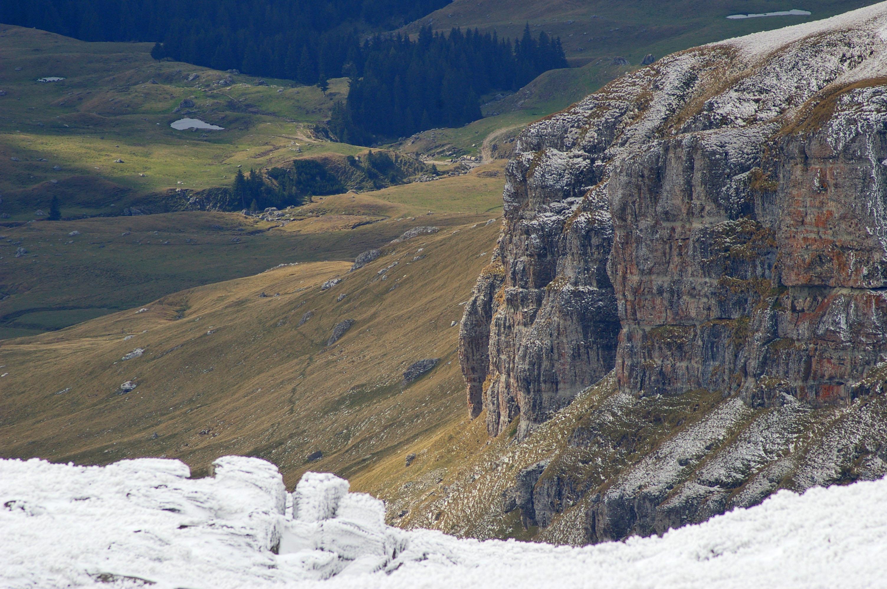 Day Tour – The most known mountain landmarks of Romania