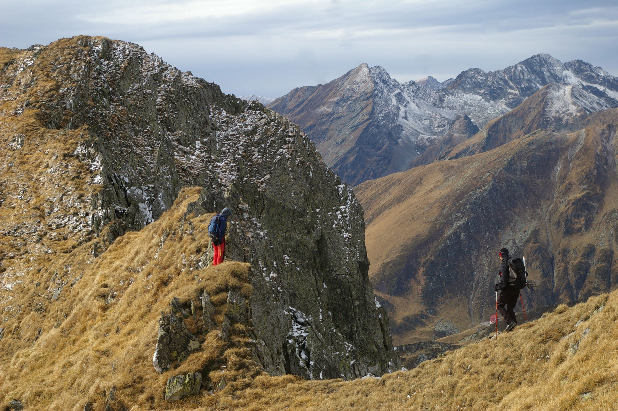 Hiking the Longest and Highest Ridge of Romania – 7 Days In Transylvanian Alps